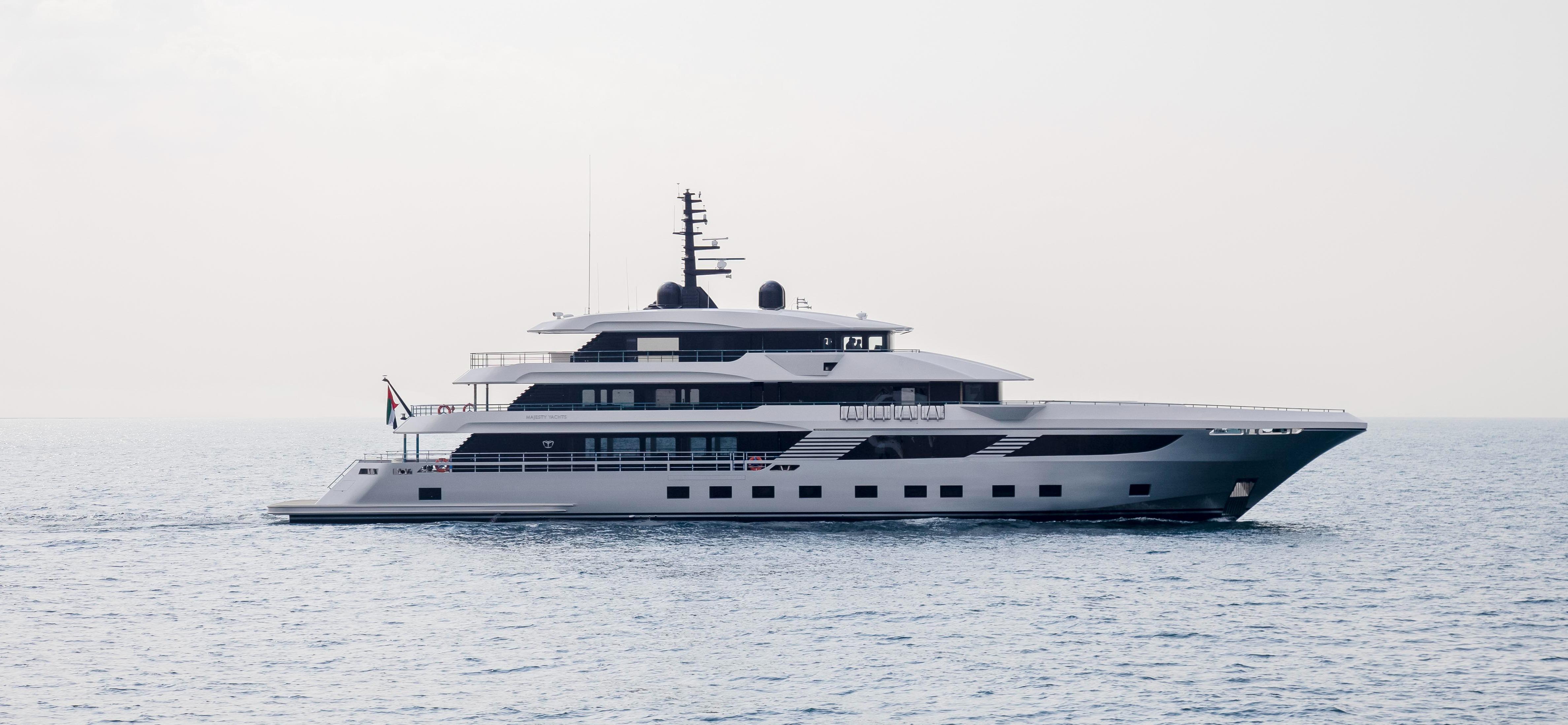 Majesty 175