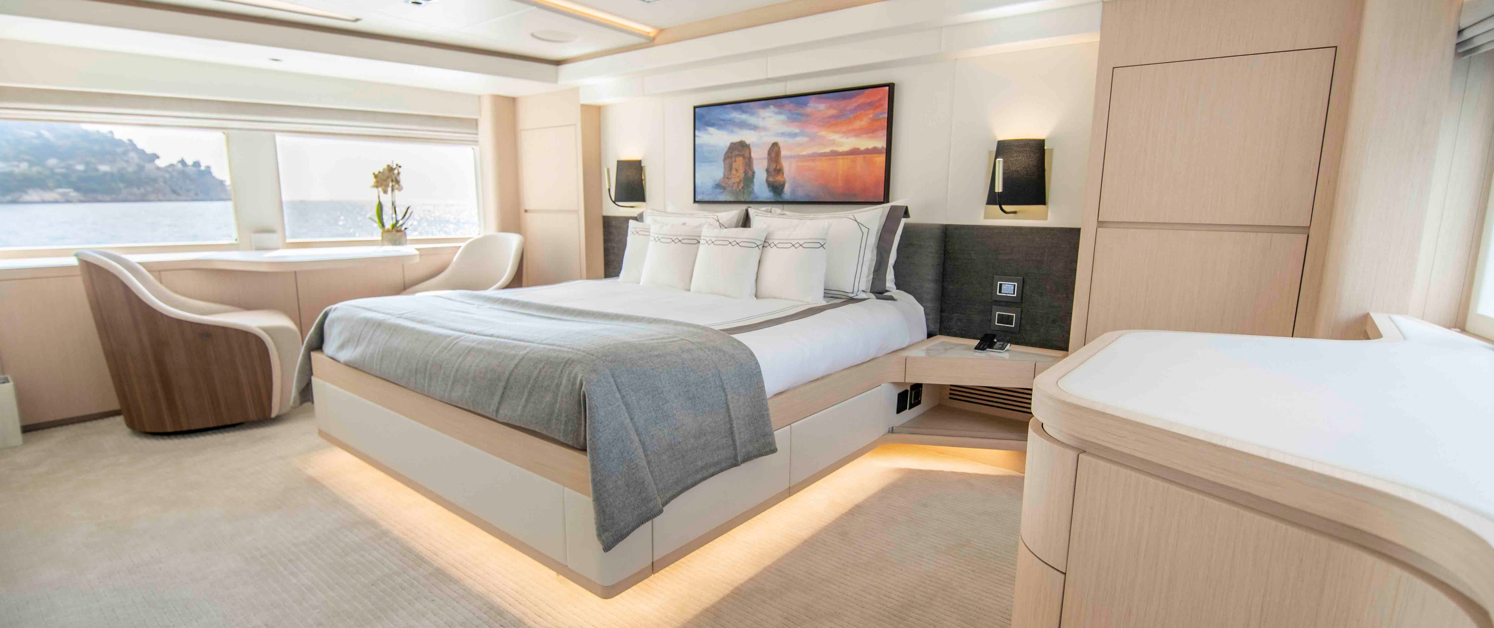 Owners Stateroom (1)